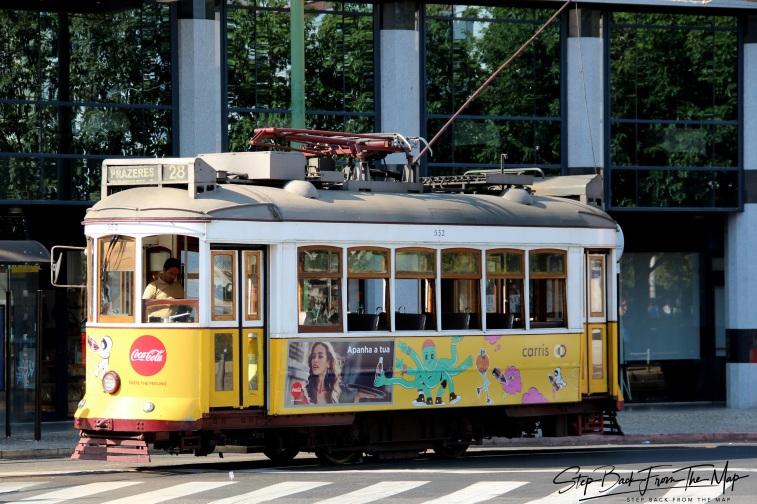 28-to maršruto tramvajus