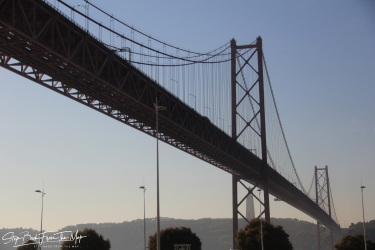 Balandžio 25-osios tiltas